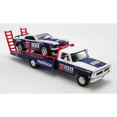 DDA GreenLight 51342 ACME Exclusive Ford F-350 Ramp Truck with 1969 Allan Moffat U100 Brut Ford Trans Am Mustang - Scale 1:64