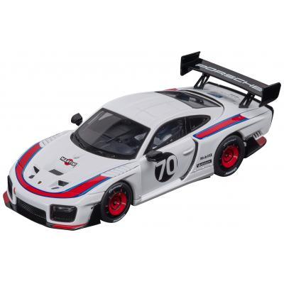 Carrera 30922 Digital 1:32 Porsche 935 GT2 No 70 Martini Design Slot Car