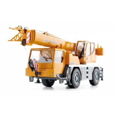 Conrad 2105/06 Liebherr LTM1030-2.1 Mobile Crane Scale 1:50