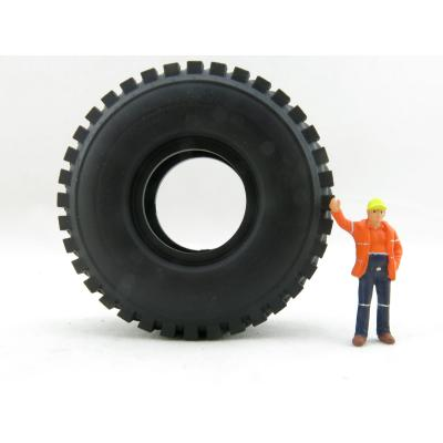 Conrad Load Series Liebherr T264 Mining Truck Tyre - Scale 1:50