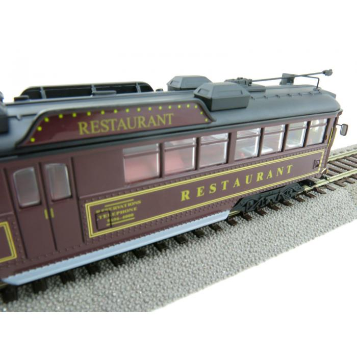 RESTAURANT TRAM NO 938 OO GAUGE FULLY ELECTRIC MELBOURNE W6 CLASS
