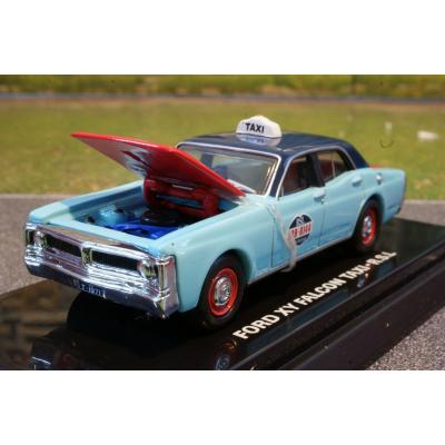 Road Ragers - 1971 XY Ford Falcon Sydney RSL Taxi - Scale 1:64