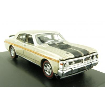 Road Ragers Australian 1971 Ford Falcon XY 351 GTHO Muscle Car in Quicksilver in H0 Scale 1:87