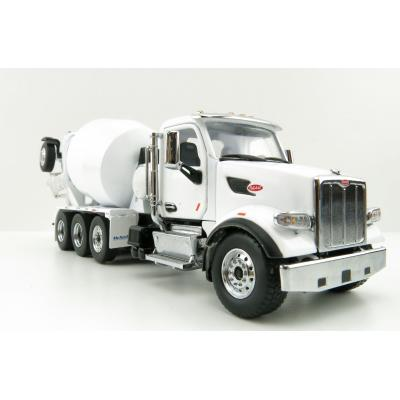 Diecast Masters 71074 - Peterbilt 579 Truck White with McNeilus Bridgemaster Concrete Mixer  - Scale 1:50