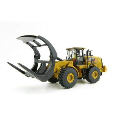 Diecast Masters 85950 - Caterpillar CAT 972M Wheel Loader with Log Forks Forrestry - Scale 1:87
