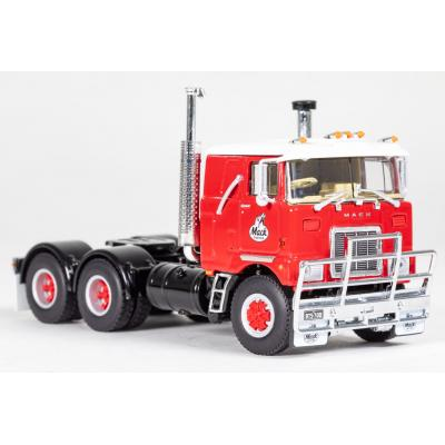 Drake Z01500 - MACK F700 6x4 Prime Mover Mack Red - Scale 1:50