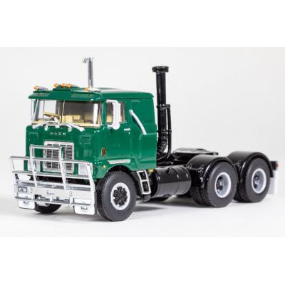 Drake Z01504 - MACK F700 6x4 Prime Mover Mack Green - Scale 1:50
