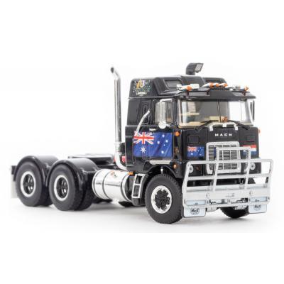 Drake Z01507 - MACK F700 6x4 Prime Mover Black Dutch Downunder - Scale 1:50