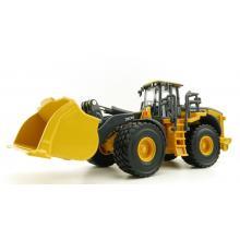 Ertl 45717 - John Deere 844L Aggregate Handler Wheel Loader - Prestige Collection - Scale 1:50