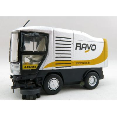 Kaster Scale Models RAVO2 Ravo 5000 Road Street Sleaning Machine Silver Scale 1:50