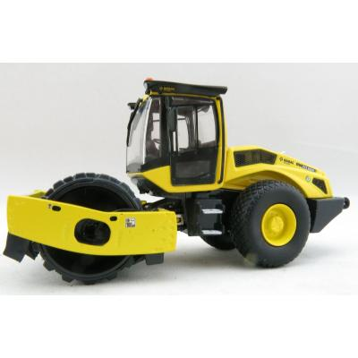 Kaster Scale Models WM 9966 Bomag BW 213 PDH-5 SINGLE DRUM ROLLER Scale 1:50