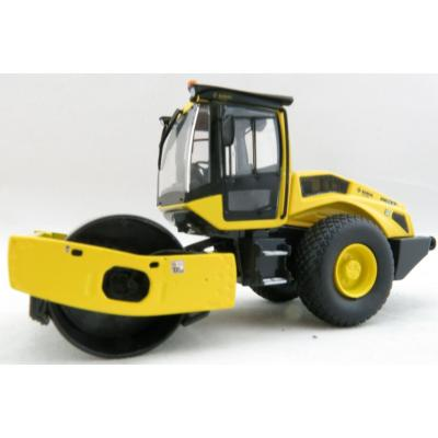 Kaster Scale Models WM 9971 Bomag BW 213 D-5 SINGLE DRUM ROLLER Scale 1:50