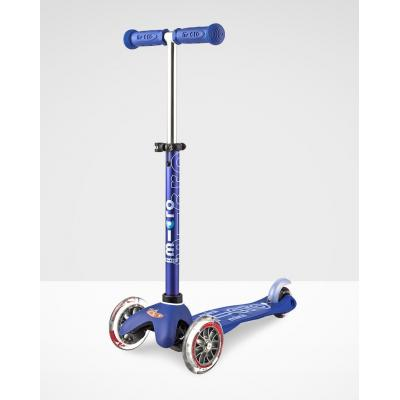 Micro Mini Micro Deluxe Scooter Blue
