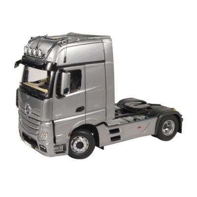 NZG 952/55 MERCEDES-BENZ ACTROS GigaSpace 4x2 Prime Mover Silver - Scale 1:18