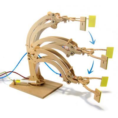 Pathfinders - Wooden Hydraulic Robotic Arm