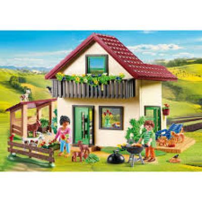 Playmobil 70133 - Modern Farmhouse