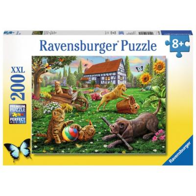 Ravensburger  - Playing in the Yard XXL Puzzle - 200 pieces