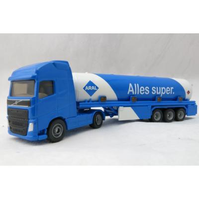 Siku 1626 - Volvo FH04 Petrol Tanker Aral - Scale 1:87