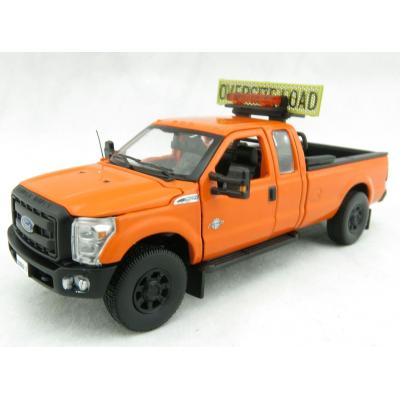 Sword - Ford F250 XLT Pick Up Pilot Escort Truck with Super Cab Orange - 1:50