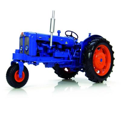 Universal Hobbies UH2887 Fordson Super Major Tricycle Row Crop Toy Tractor Scale 1:16