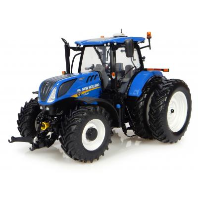 Universal Hobbies UH4962 New Holland T7.225 Dual Wheels Tractor US Version Scale 1:32