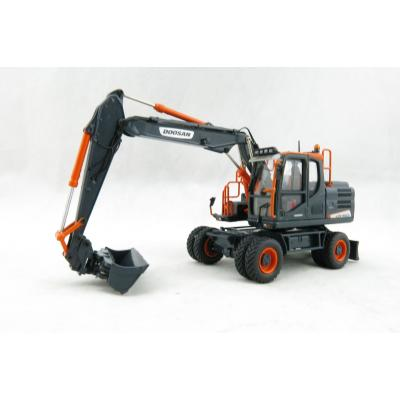 Universal Hobbies UH8138 Doosan DX160W Wheeled Hydraulic Excavator Limited Black Edition - Scale 1:50