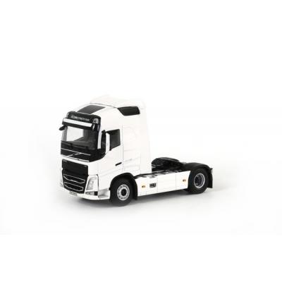 WSI 03-1136 - Volvo FH4 Globetrotter 4x2 White Prime Mover - Scale 1:50
