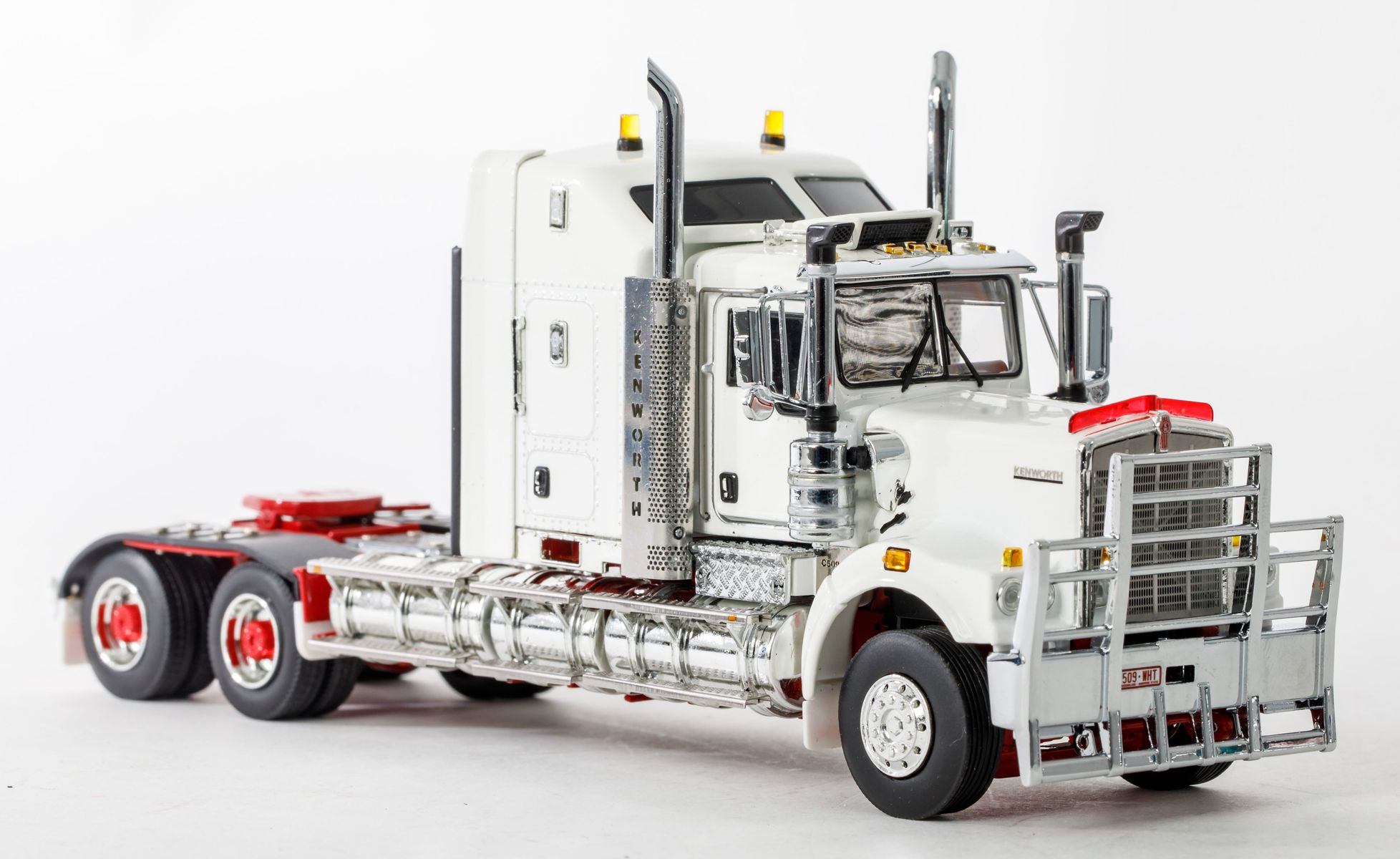 Awesome Details About Drake Z01433 Australian Kenworth C509 Sleeper Prime Mover White New 2019 1 50 Squirreltailoven Fun Painted Chair Ideas Images Squirreltailovenorg
